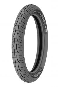 Michelin PILOT ROAD 4 GT Front 120/70 R18 59W